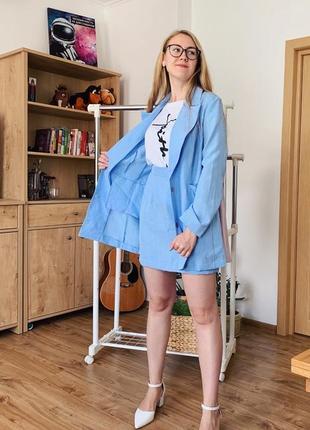 Льняной костюм с удлиненным жакет распродажа