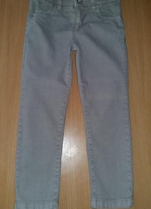 Красивые джинсики моднику!