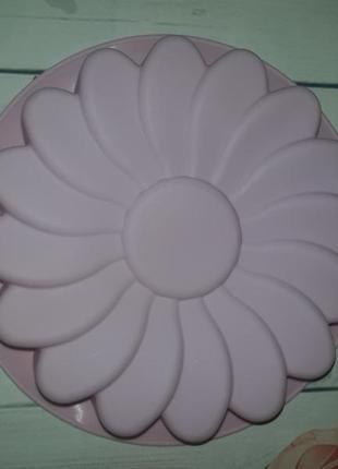 Форма силиконовая для выпечки цветочек