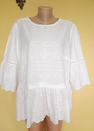 Милая блуза ,прошва ,рюши ,кремовая