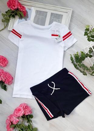 Комплект шорти і футболка c&a