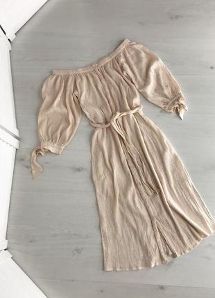 Сукня на плечі