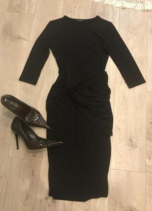 Трикотажное брендовое платье