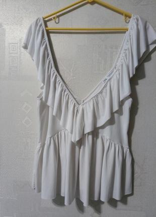 Укороченая блуза топ с глубоким декольте