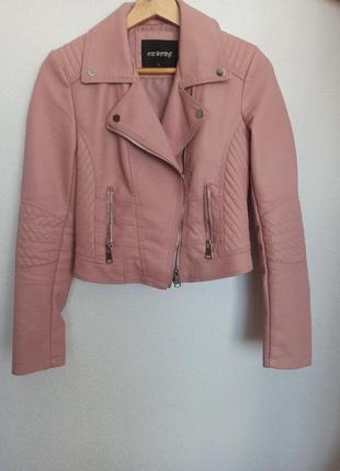 Кожанка косуха куртка розовая