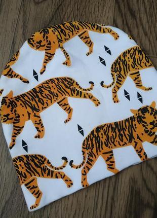 Мягкая трикотажная шапка шапочка детская с принтом тигры