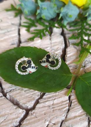 Серебряные серьги пусеты с эмалью 'микки'