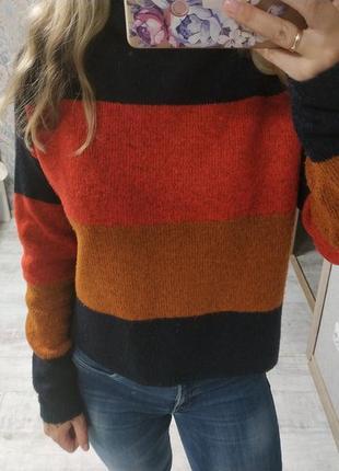 Стильный укороченный приятный свитер оверсайз