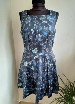Шикарное платье в цветочный принт!