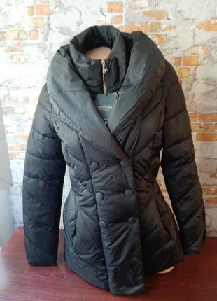 Новая фипменная куртка на синтепоне piazza