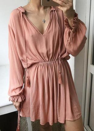 Натуральное пудровое платье с кисточками в стиле бохо, туника этно