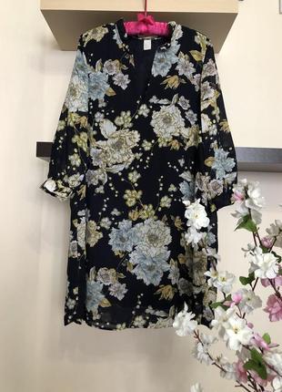 Шифоновое платье с цветами свободного кроя,