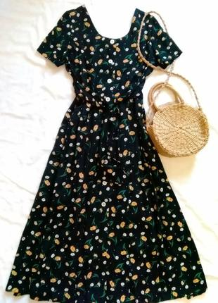 Платье в ромашки