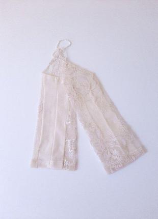 Перчатки сеточка с вышивкой под нарядное платье