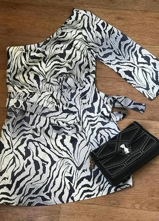 Вечернее платье на один рукав (10р, с-м) next