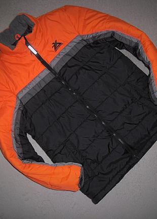 Классная куртка zeroxposur на 14-16 лет.