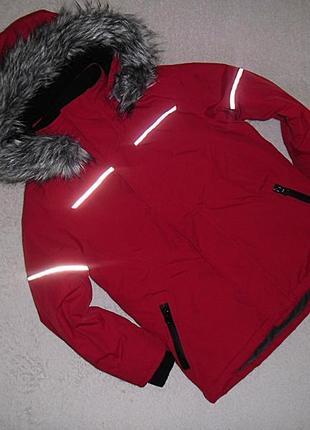 Классная куртка urban на 6 лет.