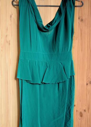 Изумрудное платье вырез водопад баска 100% шелк oasis