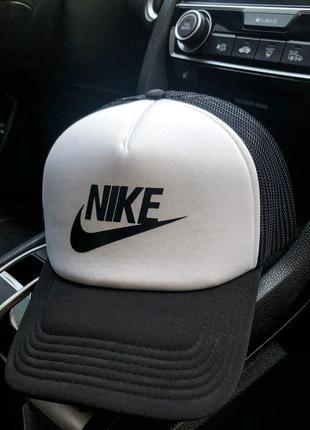 Мужская кепка nike купить бейсболку найк  черно-белая