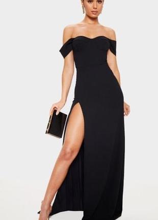Шикарна сукня чорного кольору m l з вирізом
