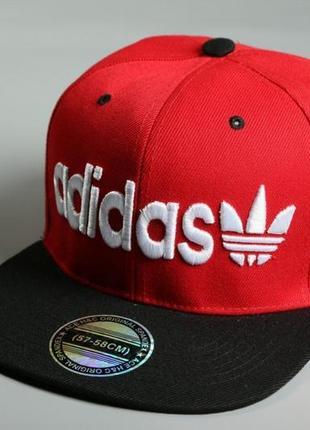 Снэпбек adidas красный черный козырёк