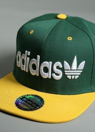 Снэпбек adidas зелёный желтый козырёк