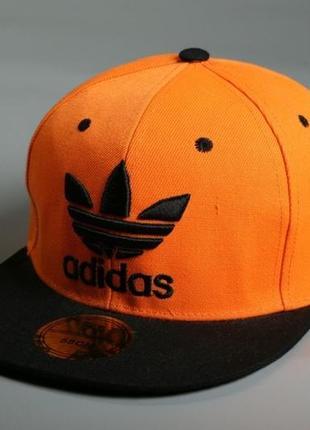 Бейсболка, кепка, снэпбек adidas оранжевая, чёрный козырёк