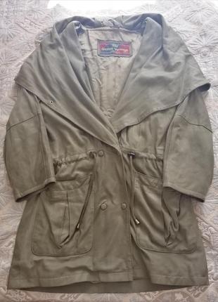 Кожаная куртка версаче (vera pelle) италия