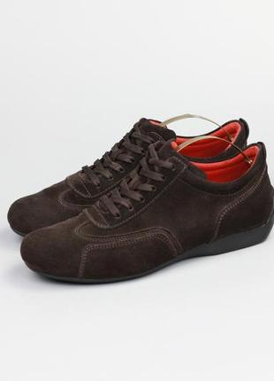 Фирменные кожаные кроссовки кеды в стиле tods geox clarks