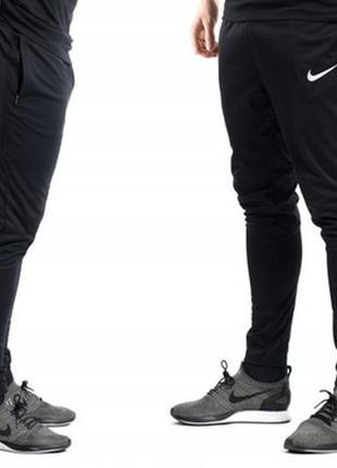 Улётные спортивные тренировочные штаны от nike found 12 technical pant