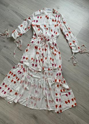 Шикарное платье валентино , valentino