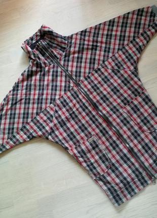 Весенняя крутая текстильная курточка  xs от молодой дизайнерской компании formalab