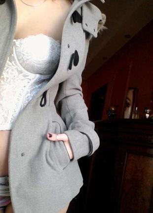 Серое пальто с капюшоном tally weijl