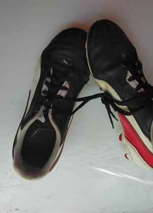 Футббольные кроссовки на мальчика puma