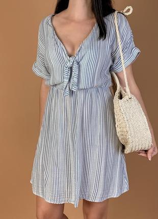 Легкое пляжное платье жатка с узелком h&m