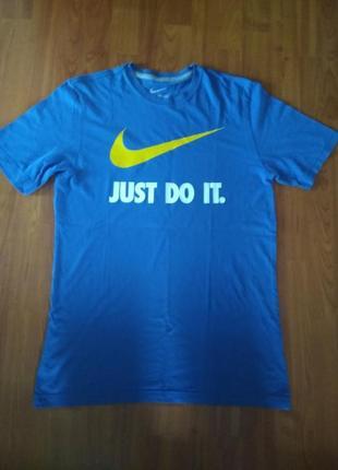 Чоловіча футболка nike спортивна футболка