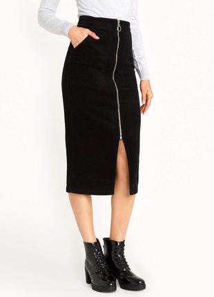 Черная юбка миди с разрезом / молнией впереди