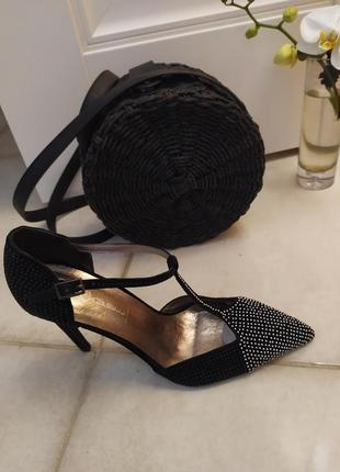 Шикарные босоножки туфли  кожа с ремешком оригинал jeffrey campbell