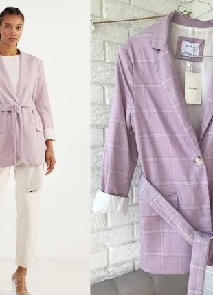 Лиловый пиджак блейзер bershka
