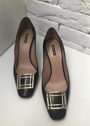 Женские туфли gorgio armani