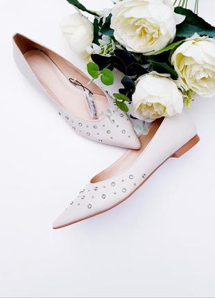 Шикарные туфли с камнями красивые туфли 39р