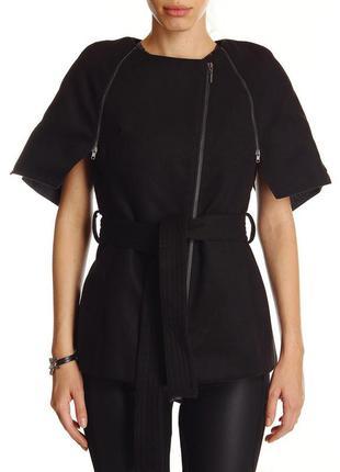 Пальто итальянского бренда fornarina