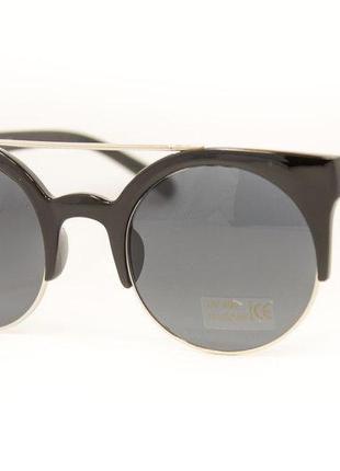 Стильные, модные солнцезащитные очки