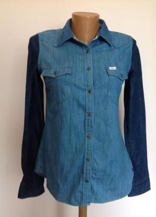 Фирменная котоновая джинсовая рубашка/s/ brend lee