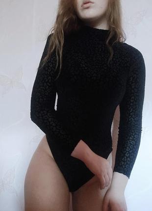 Бархатний чорний боді водолазка
