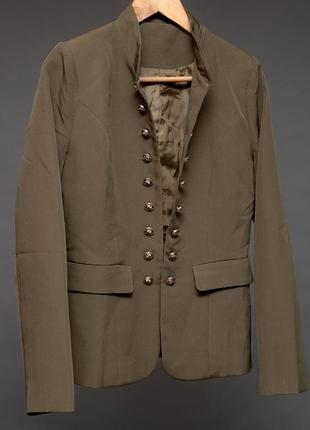 Пиджак женский в военном стиле цвета хаки. китай. полиэстер.