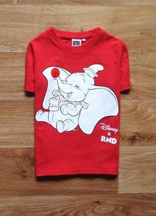 Яркая футболка со слоником