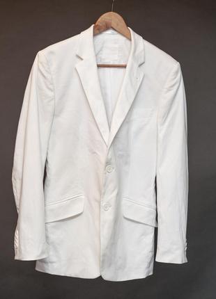 Adam. белый приталенный пиджак. женский жакет мужского кроя длинный.