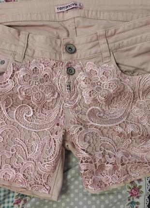 Стильні шорти з кружевом