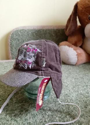 Демисезонная шапочка дембохаус с ушками